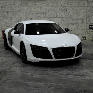 audi r8 white gloss digital print wrap blood design idymonas car wrapping 3dcarbon window films arlon sott avery kpmf paint protection film