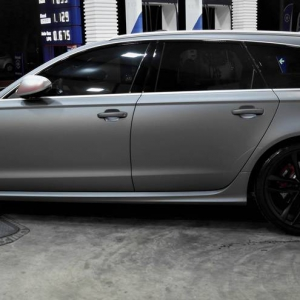 audi-rs6-gunmetal-color-matte-metallic-color-arlon-sott-avery-kpmf-grafityp-premiumshield-ppf-3dcarbon-idymonas-car-wrapping-window-films-(27)