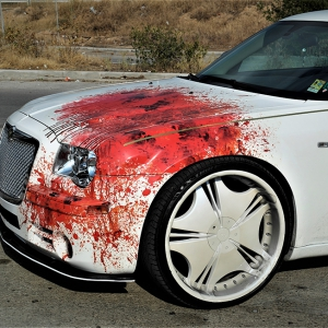 chrysler-c300-digital-print-wrap-blood-design-idymonas-car-wrapping-3dcarbon.gr-window-films-arlon-sott-avery-kpmf-ppf-(3)