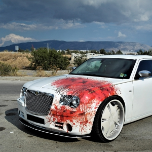 chrysler-c300-digital-print-wrap-blood-design-idymonas-car-wrapping-3dcarbon.gr-window-films-arlon-sott-avery-kpmf-ppf-(4)