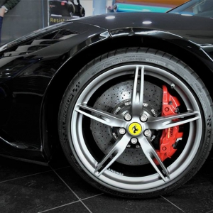 ferrari-458-paint-protection-film-never-scratch-wrap-arlon-sott-avery-kpmf-idymonas-car-wrapping-window-films-3dcarbon-(8)