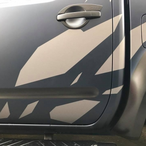 nissan navara special design 3dcarbon avery sott arlon kpmf grafityp premiumshield paint protection film window films carbon gloss matte metallic design print (16)