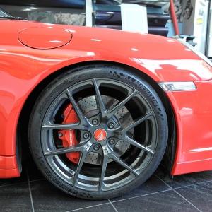porshe-turbo-ppf-never-scratch-3dcarbon.gr-avery-sott-arlon-kplf-grafityp-premium-shield-paint-protection-film-special-design-digital-print-car-wrap(3)