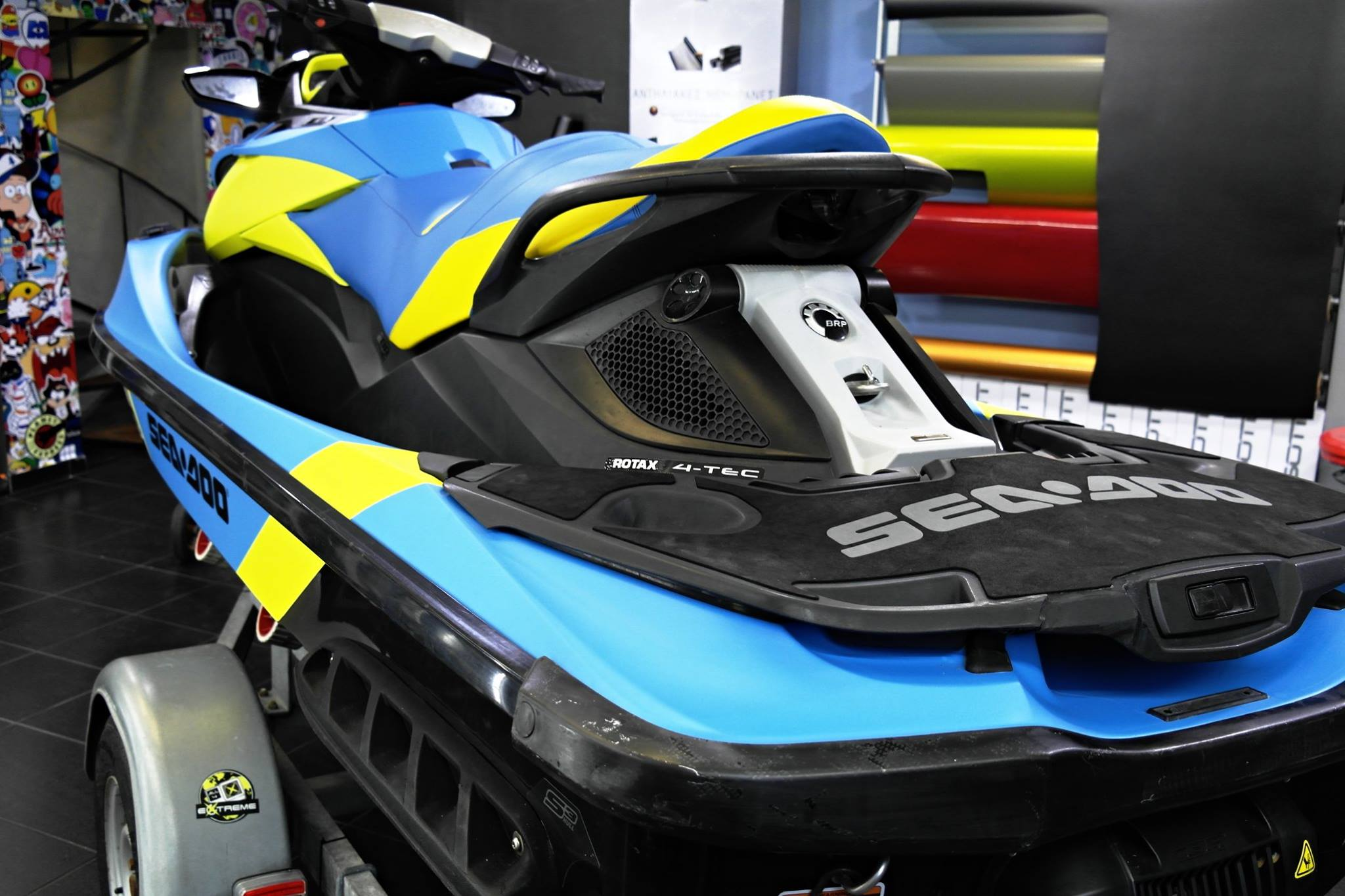 Seadoo gtx riviera blue 3dcarbon for Avery paint protection film