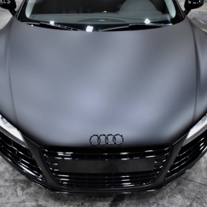 Audi r8 in Matte Perfect Black (4)