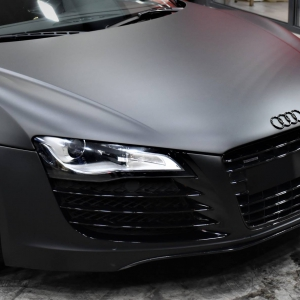 Audi r8 in Matte Perfect Black (7)