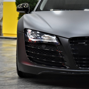 Audi r8 in Matte Perfect Black (8)